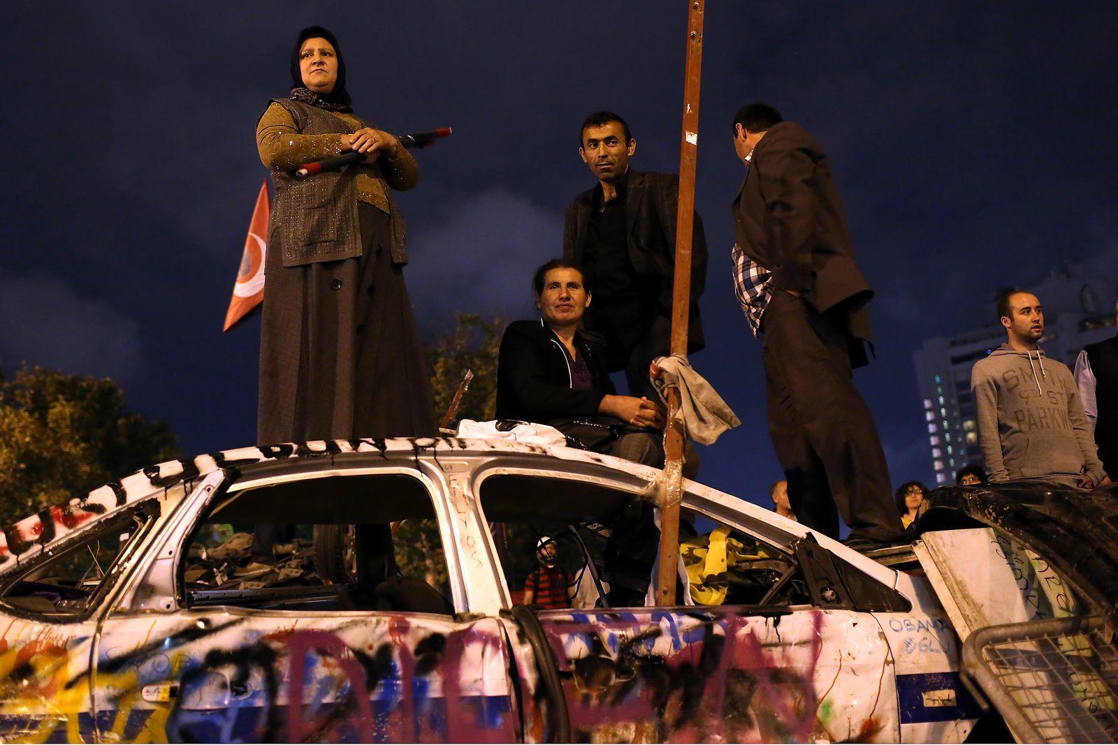 Nepokoje v Turecku 2013